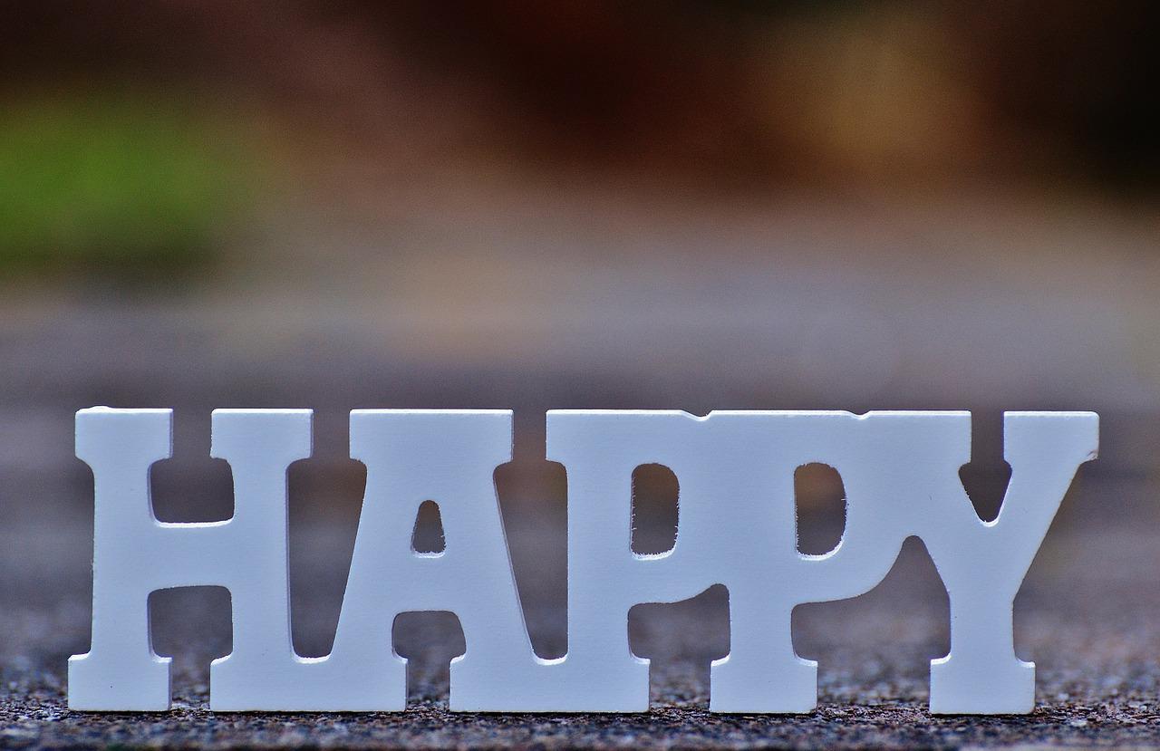 happy-laugh-funny-1194446